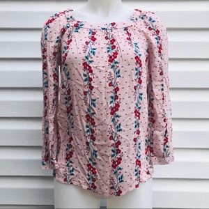 Old Navy Tops - NWT Pink floral blouse
